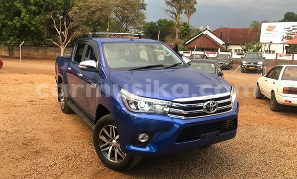 Buy Used Toyota Hilux Blue Car in Harare in Harare