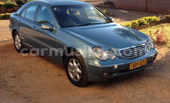 Buy Used Mercedes‒Benz C–Class Blue Car in Harare in Harare