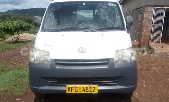 Buy Used Toyota TownAce White Car in Harare in Harare