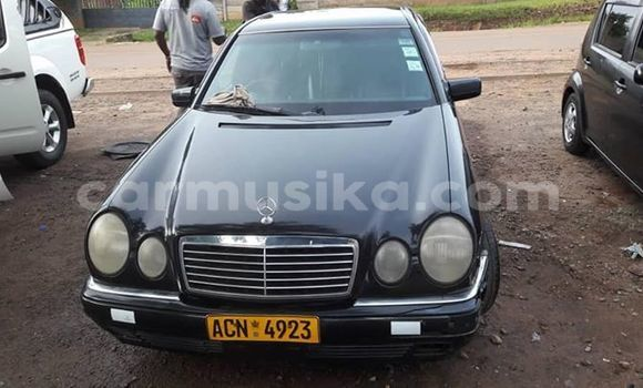 Buy Used Mercedes-Benz E-klasse Black Car in Harare in Harare