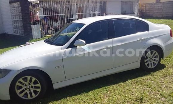Buy Used BMW 5–Series White Car in Harare in Harare