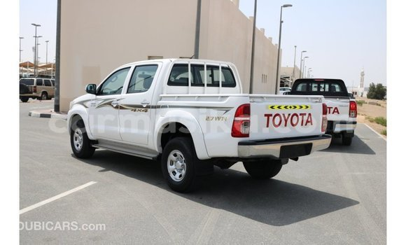 Buy Import Toyota Hilux White Car in Import - Dubai in Harare