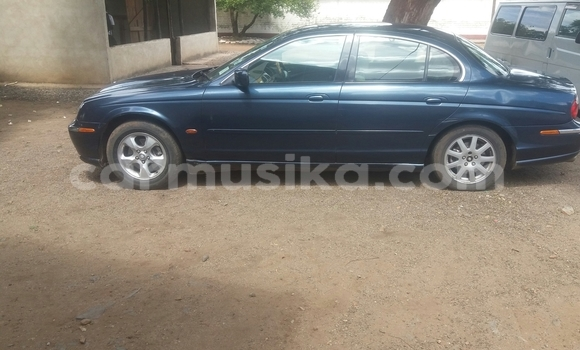 Buy Used Jaguar S-Type Blue Car in Bulawayo in Bulawayo