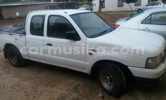 Buy Used Ford E 150 Cargo Van White Truck in Harare in Harare