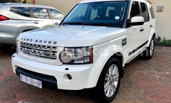 Buy Used Land Rover Discovery Sport White Car in Harare in Harare