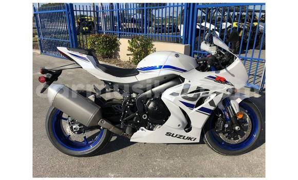 Buy Used Suzuki GSX–R White Bike in Bulawayo in Bulawayo