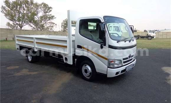 Buy Used Toyota Dyna White Truck in Harare in Harare