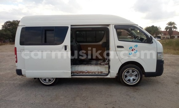 Buy New Toyota Hiace White Car in Harare in Harare