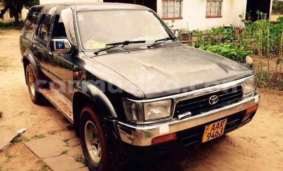 Buy Used Toyota Hilux Surf Black Car in Alexandra Park in Harare