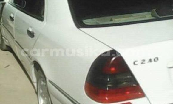 Buy Used Mercedes‒Benz C–Class White Car in Alexandra Park in Harare
