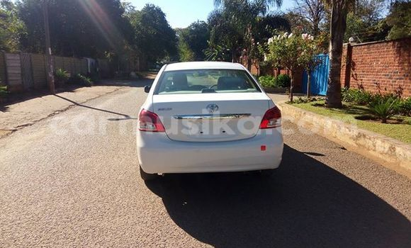 Buy Used Toyota Belta White Car in Alexandra Park in Harare