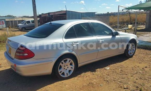 Buy Used Mercedes‒Benz E–Class Silver Car in Alexandra Park in Harare
