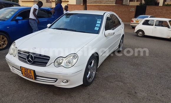 Buy Used Mercedes‒Benz C-Class White Car in Alexandra Park in Harare