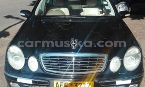 Buy Used Mercedes‒Benz E-Class Black Car in Alexandra Park in Harare
