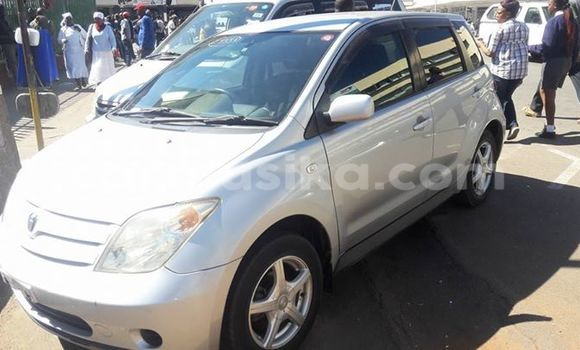 Buy Used Toyota IST Silver Car in Alexandra Park in Harare
