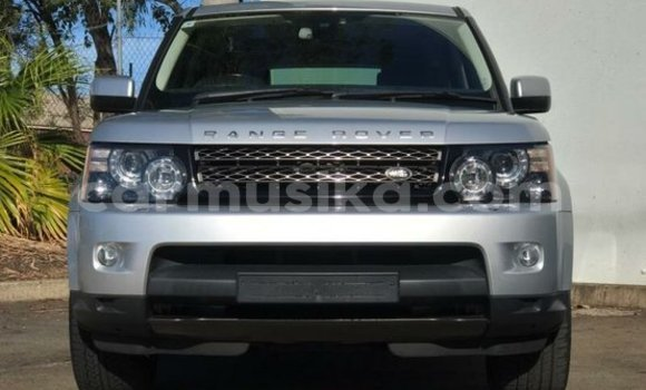 Buy New Land Rover Range Rover Silver Car in Alexandra Park in Harare
