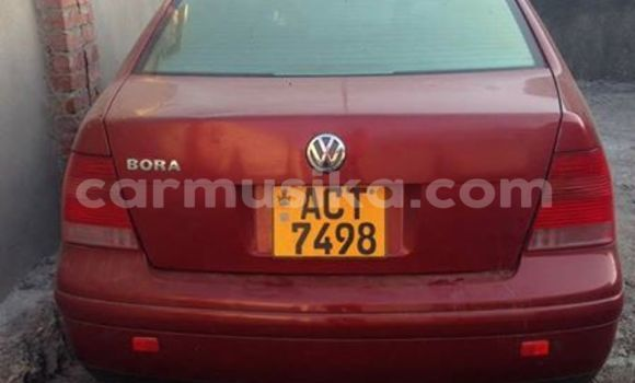 Buy Used Volkswagen Bora Red Car in Alexandra Park in Harare