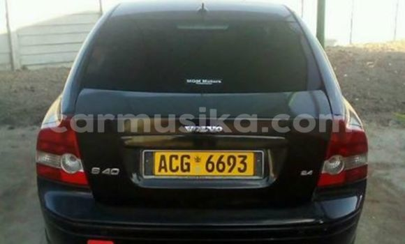 Buy Used Volvo S40 Black Car in Alexandra Park in Harare