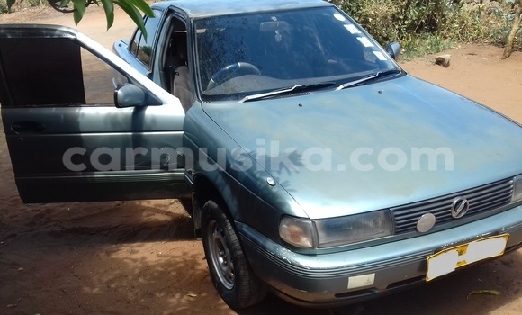 Buy Used Nissan Sunny Other Car in Victoria Falls in Matabeleland North