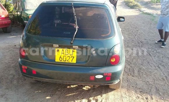 Buy Used Toyota Starlet Green Car in Alexandra Park in Harare