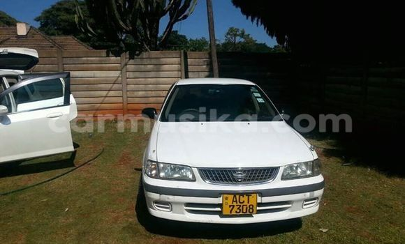 Buy Used Nissan Sunny White Car in Alexandra Park in Harare