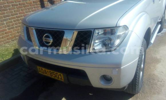 Buy Used Nissan Pathfinder Silver Car in Waterfalls in Harare