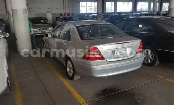 Buy Used Mercedes‒Benz C-Class Silver Car in The Avenues in Harare