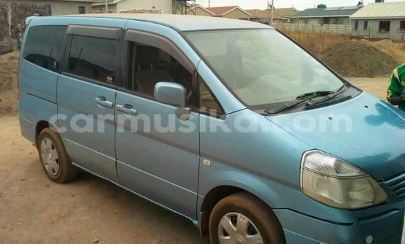 Buy Used Nissan Serena Blue Car in Kuwadzana in Harare