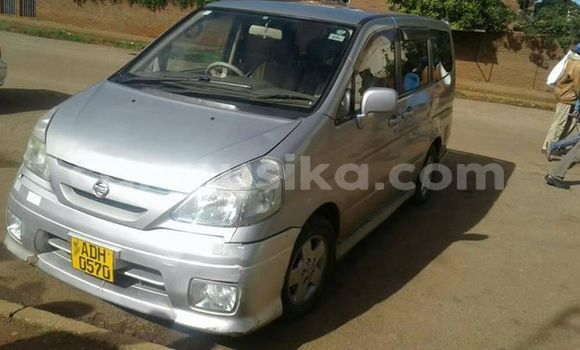 Buy Used Nissan Serena Silver Car in Alexandra Park in Harare