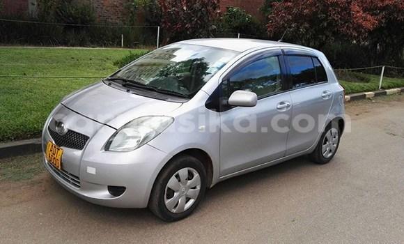 Buy Used Toyota Vitz Silver Car in Alexandra Park in Harare