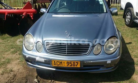 Buy Used Mercedes‒Benz E-Class Silver Car in Alexandra Park in Harare