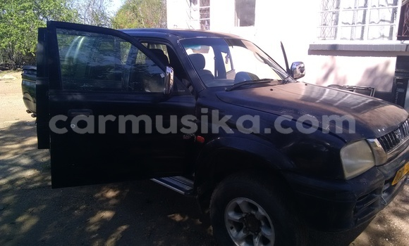 Buy Used Mitsubishi Colt Black Car in Hwange in Matabeleland North