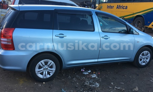 Buy Used Toyota Wish Blue Car in Glen View in Harare