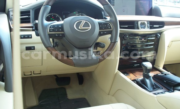 Buy Used Lexus LX 570 Black Car in Gokwe in Midlands