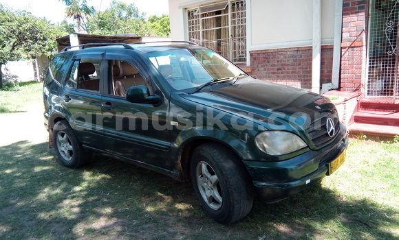 Buy Used Mercedes‒Benz ML-Class Green Car in Greendale in Harare