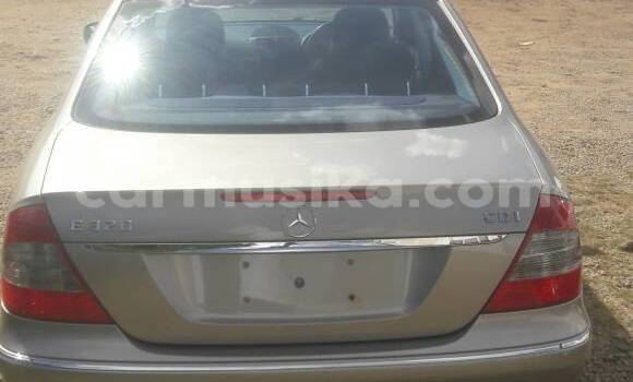 Buy Used Mercedes‒Benz E–Class Other Car in Emerald Hill in Harare