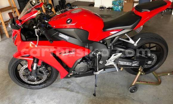 Buy Used Honda CBR 1000 RR Red Moto in Alexandra Park in Harare