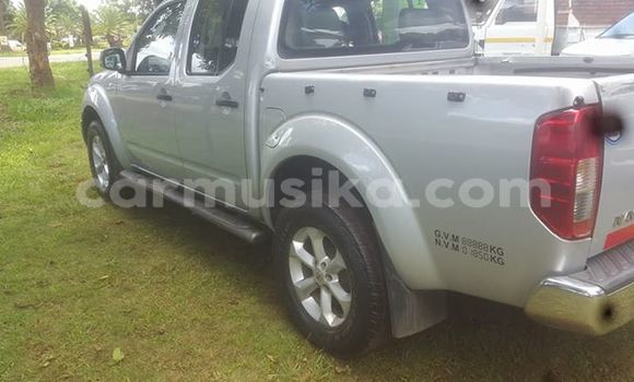 Buy Used Nissan Navara Silver Car in Bulawayo in Bulawayo