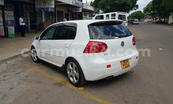 Buy Used Volkswagen Golf White Car in Bulawayo in Bulawayo