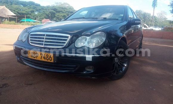 Buy Used Mercedes‒Benz C-Class Black Car in Bulawayo in Bulawayo
