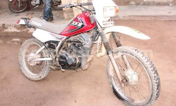 Buy Used Yamaha DT 175 Red Moto in Harare in Harare