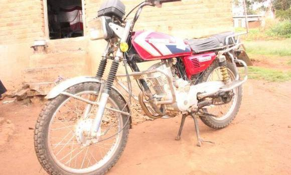 Buy Used Senke 125 Red Moto in Harare in Harare