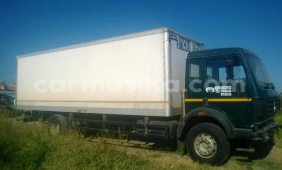Buy Used Mercedes‒Benz 914 Green Truck in Harare in Harare