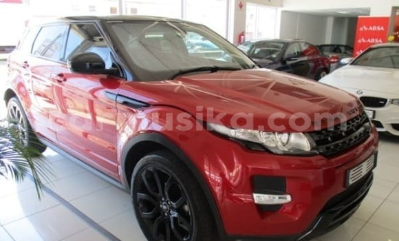 Buy Used Land Rover Range Rover Red Car in Bulawayo in Bulawayo