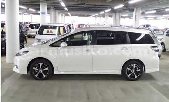 Buy Used Toyota Wish White Car in Borrowdale in Harare
