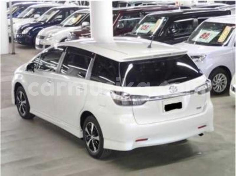 Big with watermark toyota wish7