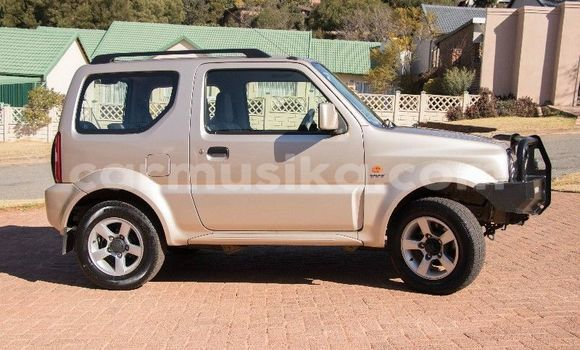 Buy Used Suzuki Jimny Silver Car in Mutare in Manicaland
