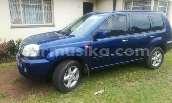 Buy Used Nissan X-Trail Blue Car in Harare in Harare