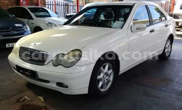 Buy Used Mercedes‒Benz C–Class White Car in Belvedere in Harare