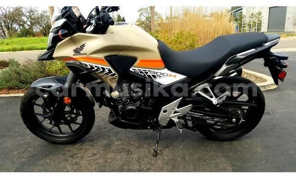 Buy Used Honda Honda CB500X ABS Black Moto in Belvedere in Harare